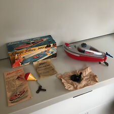 VINTAGE SCHUCO TELECO 3003 CLOCKWORK BOAT W/ BOX & ACCESSORIES IN RED. TRUE NOS!