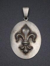 Ancien pendentif metal argenté fleur de lys royaliste