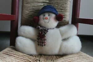 DECORATIVE SNOWMAN PLUSH BEANIE * WINTER decoration * used in great condition