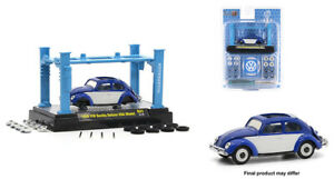 M2 MACHINES AUTO-LIFT MODEL KIT 1956 VOLKSWAGEN BEETLE DELUXE  [PREORDER]
