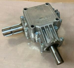 Zapfwellengetriebe ratio 1:1,85 WØ 25mm Winkelgetriebe FSD10 GKN Ferroni gearbox