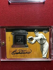 BOBBY DOERR 2005 UD HALL OF FAME ESSENTIAL ENSHRINEMENT AUTO #/15 RED SOX