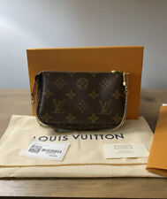 NEW LOUIS VUITTON M58009 Mini Pochette Accessoires in Monogram Canvas