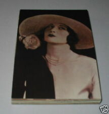 N1 - Gibson girl hat coming back? london 1925 Postcard