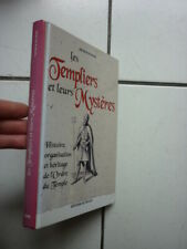 FRANC MACONNERIE /  RIVIERE / LES TEMPLIERS ET LEUR MYSTERES / DE VECCHI 2002