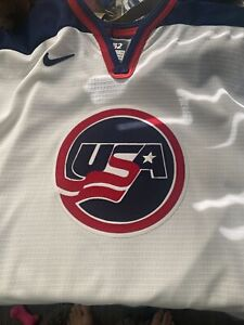New Authentic Vintage Chris Chelios USA Nike Jersey Size 52 Stitched