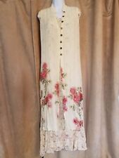 Classic Red Rose on Ivory Floral Three-Layer Gown with Sheer Detailing Size M