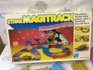 ACTION GT - Carrera Strax Magitrack rollercoaster dragon wagon