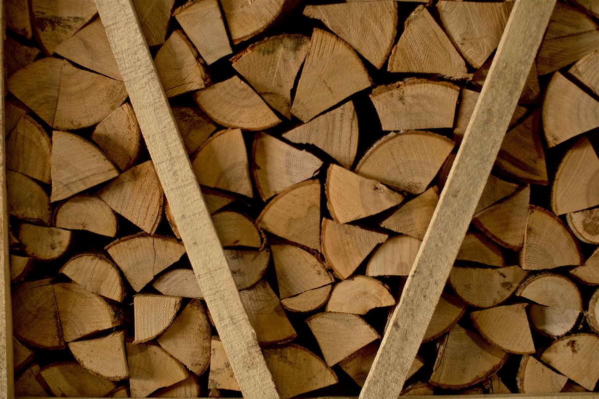 Firewood and Barbecue Shop