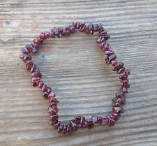 NATURAL GARNET STONE GEMSTONE STRETCHY CHIP BRACELET
