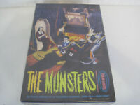 Rare New Sealed The Polar Lights The Munsters All Plastic Model Kit (OAY71-774)