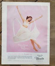 1963 women's FORMFIT Fiesta bra something lovely happens when you start this ad