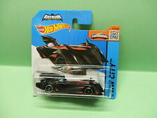BATMOBILE THE BRAVE AND THE BOLD BATMAN HOT WHEELS HOTWHEELS 1/64 3 inches