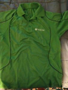 Extreme Men's LG Green XBOX ONE Active Wear Polo Excellent Condition