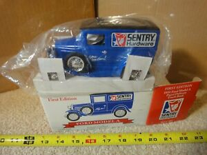 SpecCast Sentry Hardware1931 panel van, delivery truck diecast coin bank. NOS!