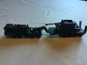 ensemble camion remorque porte char avec char ROCO
