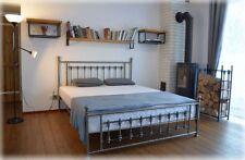 Altmodisches doppel Metallbett Frederick Lux + Lattenrost, schmiedeeisernes Bett