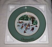 Avon Skaters On The Pond Christmas Collector Plate 1975 New In Box