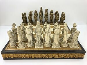 Aztec vs Spanish Conquistadors Wood Chess Set with Stone-like Pieces Vintage