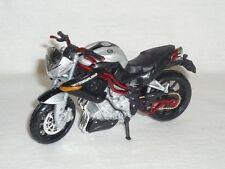 Benelli Tnt Titanio Plata Negro 1:18 Bburago Modelo de Motocicleta Die-Cast