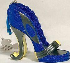 Walt Disney World New w// tags. Retired Alice in Wonderland Shoe Ornaments