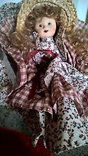 Bambola in porcellana da collezione Porcelain doll collection