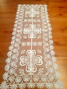 "SPECIAL-Rectangle 40*90cmVintage Premium ""White Knitted Style"" T/Runner"