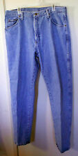 Wrangler. Blue straight leg denim jeans.  Size 38X32