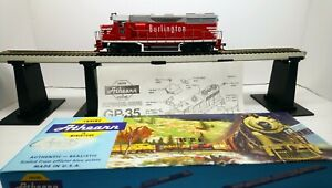 Athearn HO Train Custom Dual LED Burlington Route GP35 Powered Diesel Locomotive