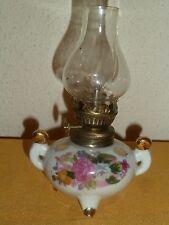 PETITE  LAMPE A PETROLE TRIPODE