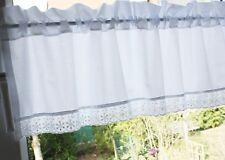 *Deko-Traeume* Scheibengardine Shabby Weiß Batist Spitze 8C - B 90 - H 35+4 cm