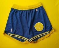 4.5/5 Los Angeles Lakers shorts vintage retro size small NBA Champion ig93