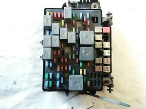 ENGINE BAY FUSE BOX CHEVY TAHOE 03 04 05 06