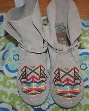 New Toms Zahara Embroidered Suede Wrap Moccasin Ankle Booties Size 7.5