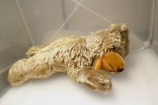 alter Teddy liegend Mohair  Marke: Hermann? Zotty? L ca. 31 cm / ca. 180 g