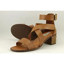 Sandalias y chanclas de mujer Steve Madden de tacón medio (2,5-7,5 cm) de color principal marrón