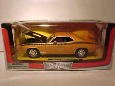 1970 Plymouth Cuda Coupe Die-cast Car 1:24 by New Ray City Cruizer 8 inch Orange