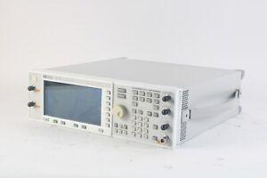 Agilent E4430B 250 KHZ - 1.0 GHZ Esg-D Séries Signal Générateur W / Opt. 1E5