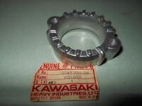 NOS Kawasaki 1974-79 KZ400 Exhaust Manifold Pipe Holder # 18069-056-2H