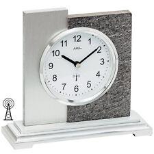 AMS 5150 Tischuhr Funk silbern modern in Naturstein-Optik mit Aluminium Auflage