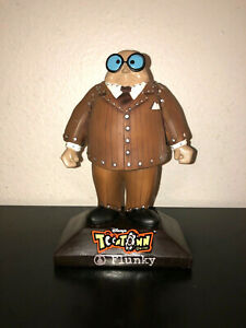 Disney Toontown Online Flunky Bobblehead - New in Box