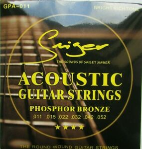 Phosphor Bronze Round Wound Acoustic Guitar Strings  Extra Light 3 Plectrums