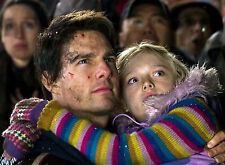 PHOTO LA GUERRE DES MONDES - TOM CRUISE & DAKOTA FANNING  (P1) FORMAT 20X27 CM