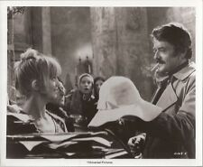 PF The Girl from Petrovka ( Hal Holbrook, Goldie Hawn )