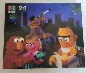 VINTAGE SESAME STREET PUZZLE  24 PC COMPLETE MILTON BRADLEY 1993