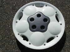 one genuine 1995 to 1997 Neon Expresso white hubcap wheel cover