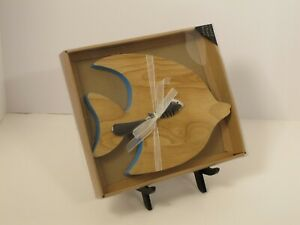 New Coastal Wood Cheese/Cutting Board Fish Shaped With Spreader