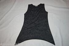 Womens Shirt BLACK GRAY SLEEVELESS TUNIC Lt Wght Sweater Like ARCHED BOTTOM Sz L