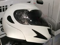 NEW WHITE WILDCAT FLIP FRONT MOTORCYCLE CRASH HELMET S,M,L,XL NOT MANY LEFT