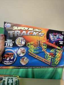 Jack's Super Glow Tracks With Batteries